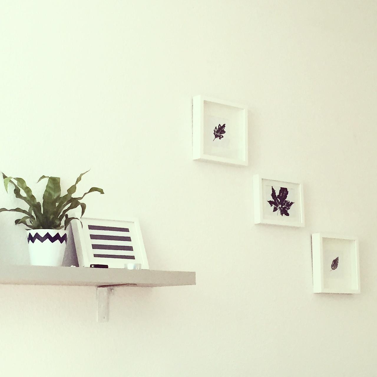 Wohnzimmer Herbstdekoration schwarz weiß